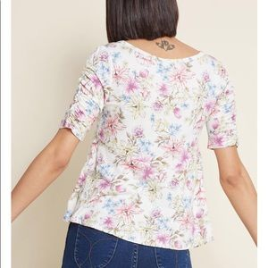Modcloth Tops - ModCloth NWOT floral quarter sleeved blouse